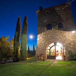 Casale Pozzuolo di notte