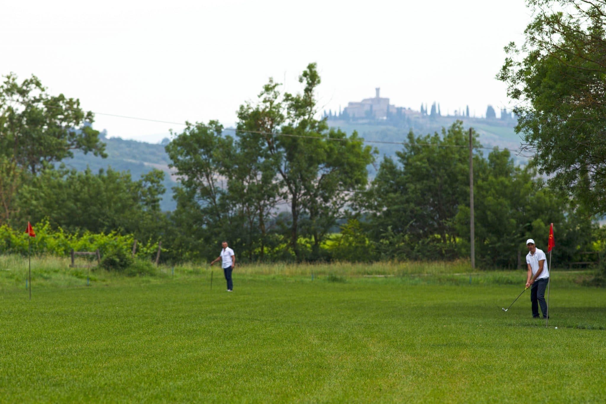 Casale Pozzuolo campo sportivo polivalente #6